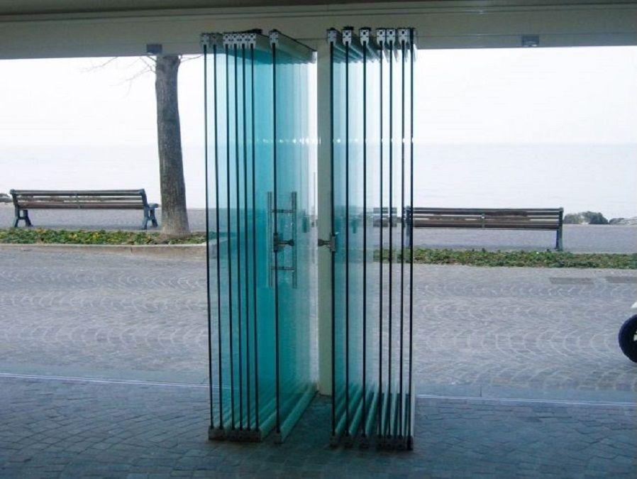Pareti Esterne In Vetro : Parete esterna in vetro beautiful la mini collection rappresenta