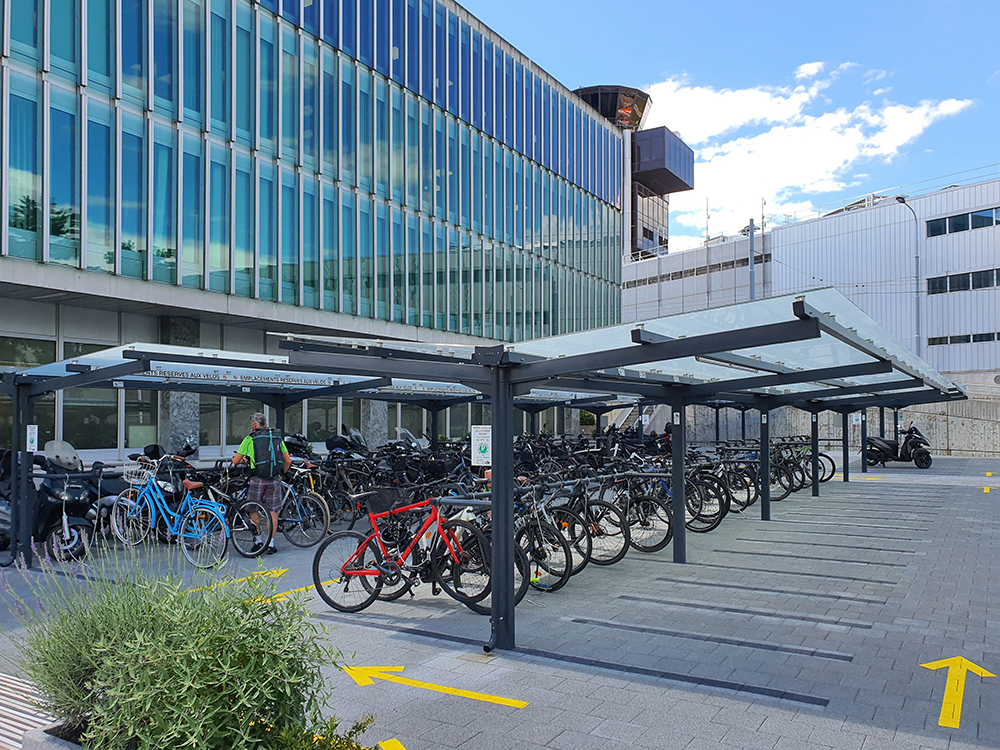 "Copertura per biciclette e motocicli ""Gottardo"""